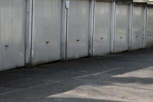 Входни гаражни врати – отличителен белег на всяка модерна вила